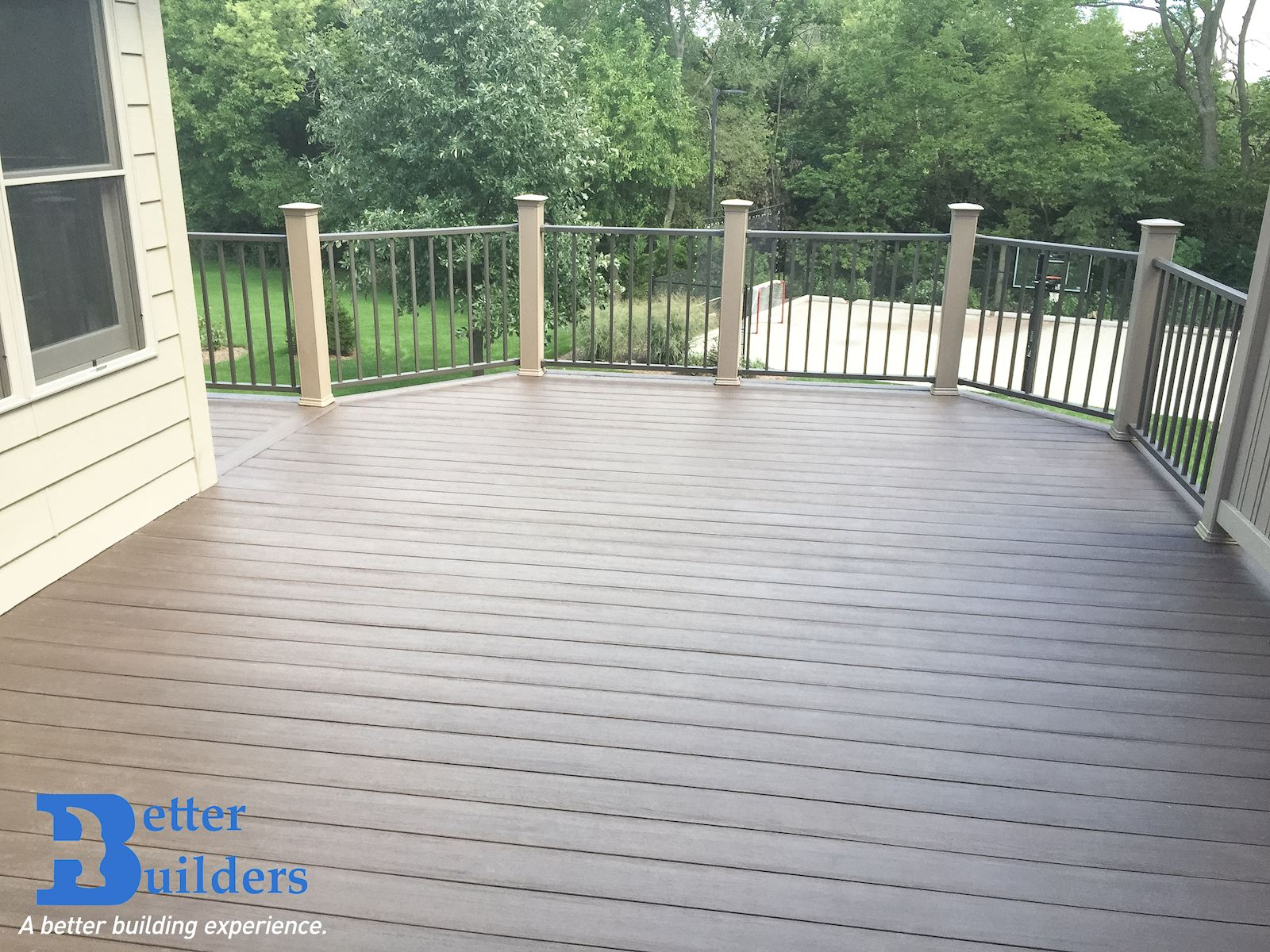 Walkway with Privacy - Urbandale, IA